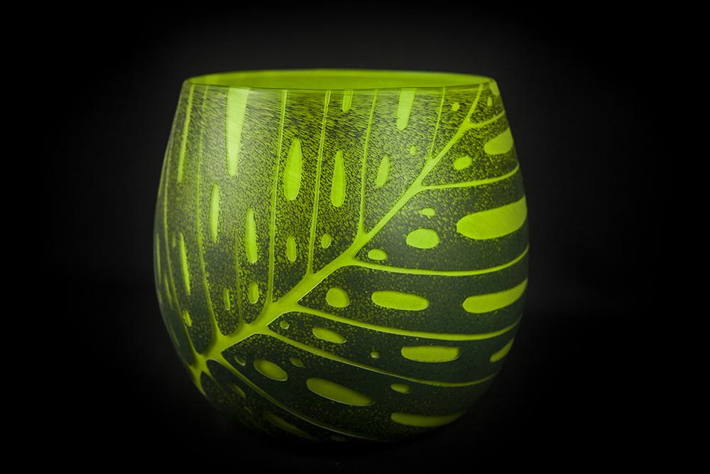 Monstera vase 4