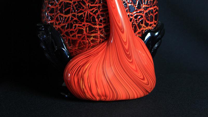 Kilauea Crackled Surface flow vase